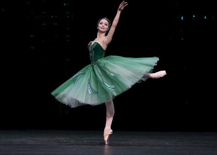 Bolshoi Ballet - Evgenia Obraztsova in Balanchine's Emeralds. Photo: Emma Kauldhar