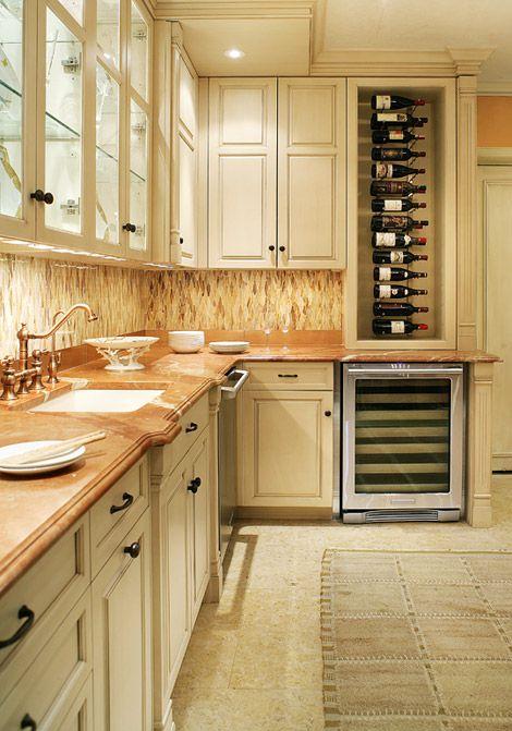 Artistic Tile Designer Regina Bilotta Of Bilotta Kitchens Artistic Tile Product Jazz Glass Bourbon Street Caramel Ba Kitchen Trends Brown Kitchens Kitchen