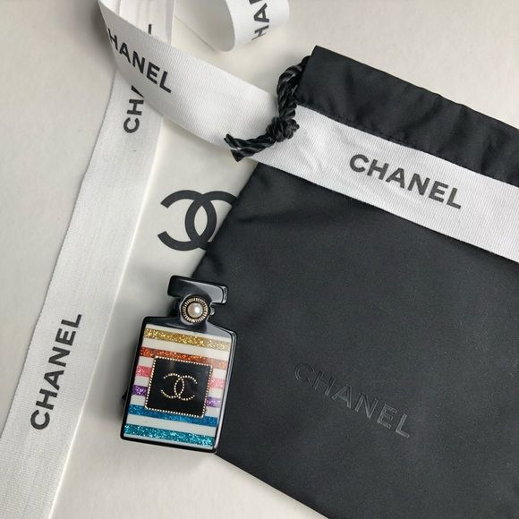 CHANEL CC Perfume Bottle Brooch Pin This is a very rare to
