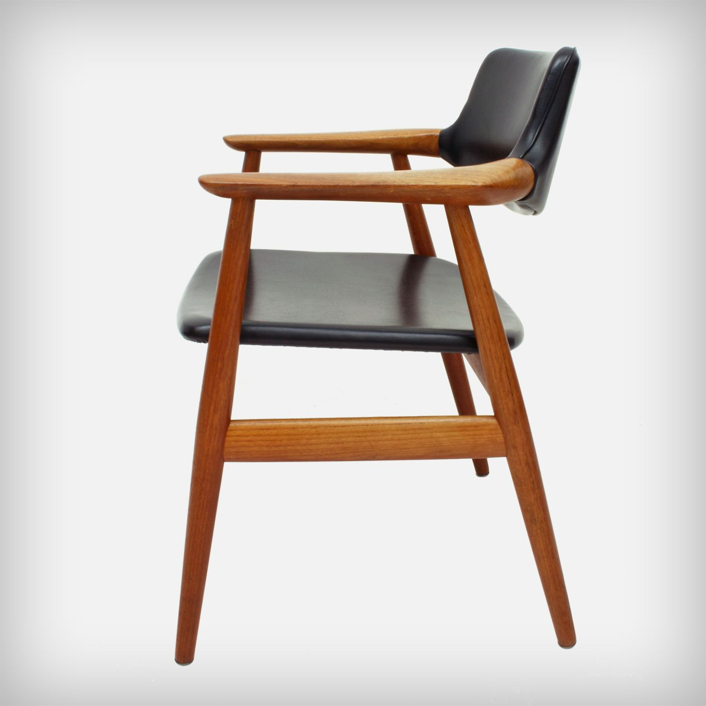 teak skai armchair model gm11 by svend age eriksen for glostrup mobelfabrik mobel