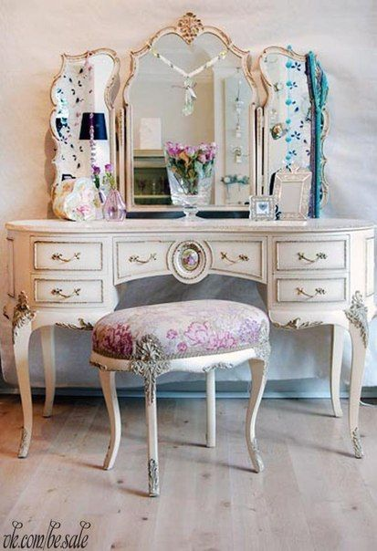 shui tables convert mirror of vanities to gold home dressing furniture bedrooms combo leaf ideas small good vanity door image for looking facing table bedroom empire basement types condo best feng