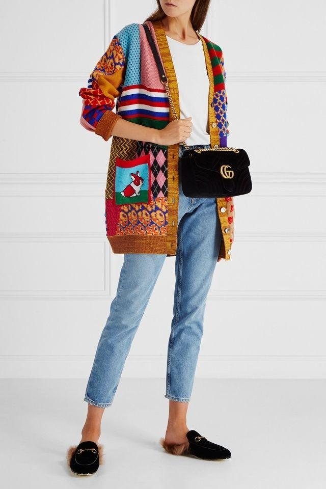 Шерстяной кардиган Gucci - Яркий кардиган из коллекции Gucci выполнен в  комбинированном стиле в интернет- 48e32e83237
