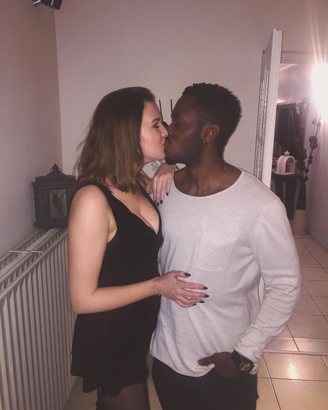 Attracted to black guys girl white The Dos