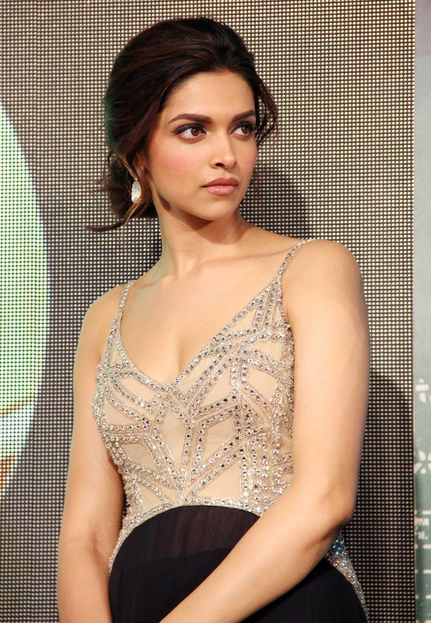Bollywood Ishtyle Photo Indian Hairstyles Deepika Padukone Style Deepika Padukone Hot