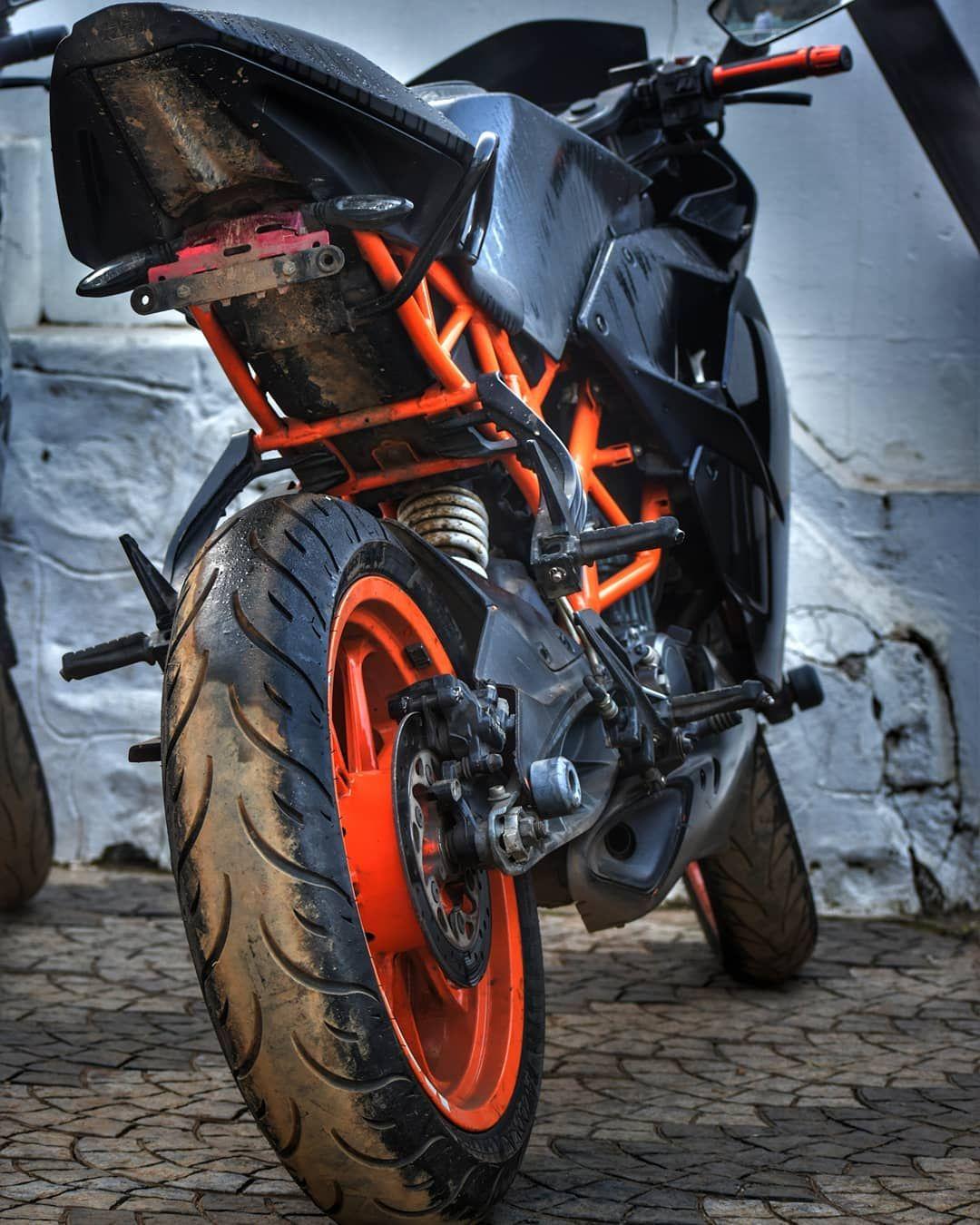 Pin by ŚHÃİķH Břő on Wallpapers Super bikes, Ktm rc
