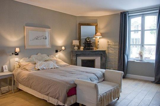 Une chambre dans les tons clairs | Bedroom | Pinterest | Chambres ...