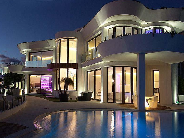 €5.5 Million Modern Waterfront Home In Spain   Homes of the Rich ...