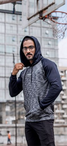 Our Grindle Pull Over Hoodie Provides The User With The Ultimate Tapering Fit, Ensuring A Tight Wais...