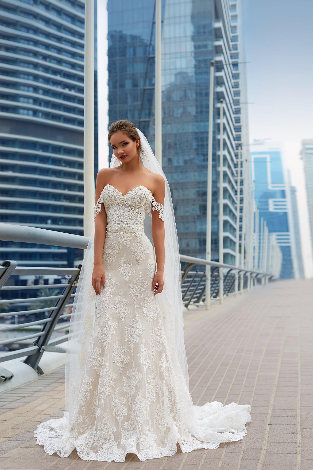 Wedding Dress LOREIN.Style 2018. LANESTA Couture. Charmé Gaby Bridal ...