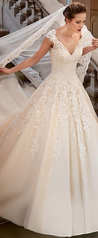 Fabulous Chic Wedding Dress