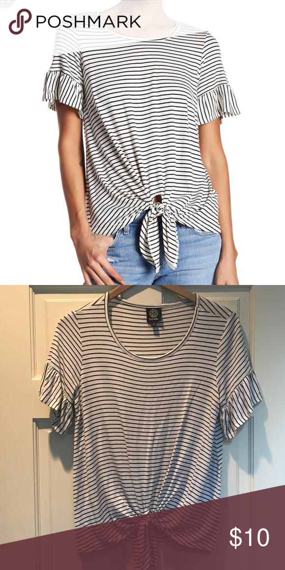 752a3c774730a2 Bobeau Tie Front Top Bobeau striped tie front top. Black and white. Size  Small. bobeau Tops Tees - Short Sleeve