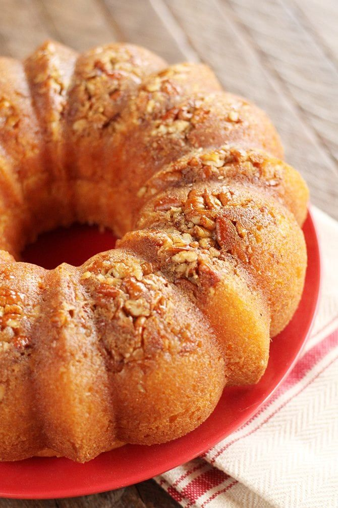 Cake Mix Rum Cake This Easy Rum Cake starts with a cake mix but ends up as Rum Cake Perfection. It's perfect for the holidays!