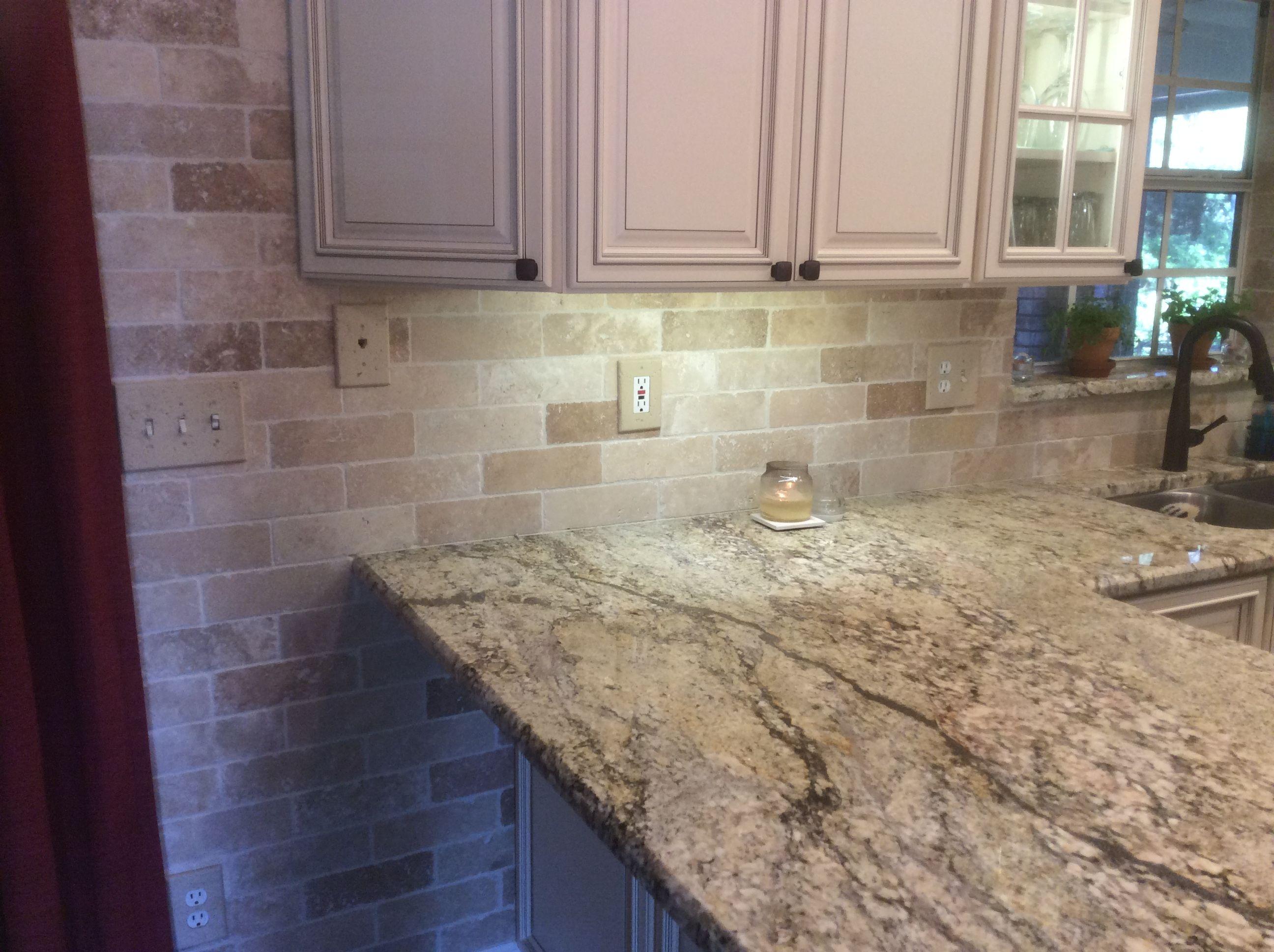 Forevermark Signature Pearl Cabinets Yellow River Granite And Travertine Backsplash Wall Metallic Backsplash Marble Backsplash Herringbone Backsplash