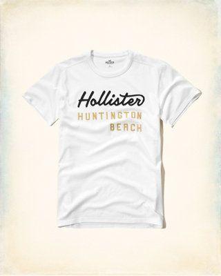 552ff444e Logo Graphic Tee. Encontre este Pin e muitos outros na pasta Camisas  Hollister de ...
