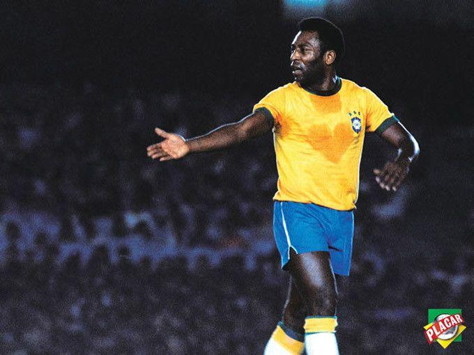 As 10 Fotografias Brasileiras Mais Famosas De Todos Os Tempos A Lista Das Listas Rei Do Futebol Gol Futebol Pele Futebol