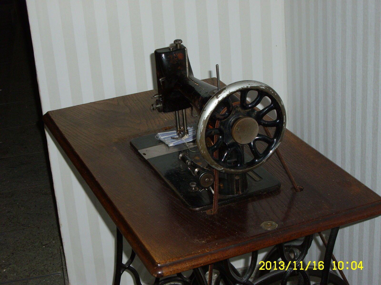 Antiquität: Nähmaschine Singer aus Gründerzeit (ca. 1880) in in Celle   eBay