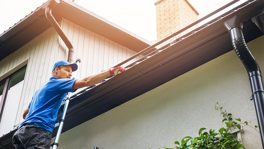Seven Tips For Eavestrough Repair And Maintenance Cleaning Gutters Gutter Maintenance Gutter
