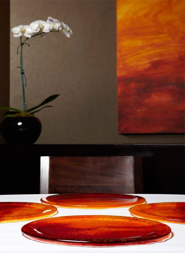 Showplates that were made to match the painting. Image taken at Jacques Reymonds Restaurant, Melbourne.