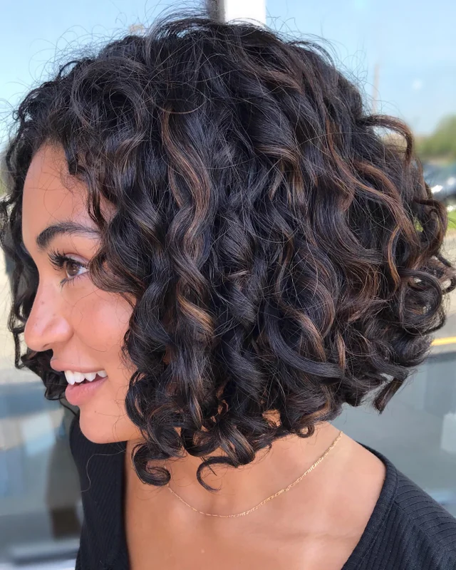Balayage Is A Great Way To Introduce Your Curls To Color Low And Slow Is Key Curlyhair Bob Haircut Curly Curly Hair Styles Curly Hair Inspiration