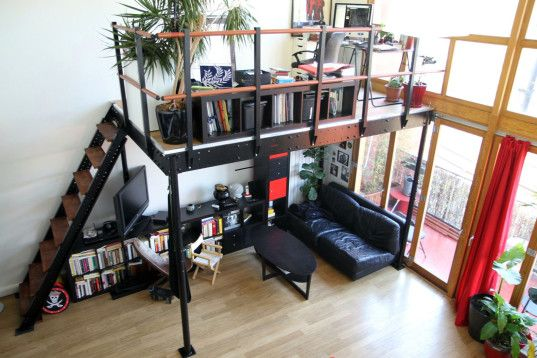 Add Luxury To Your Tiny Apartment With A DIY Loft For U0027onlyu0027 $19/