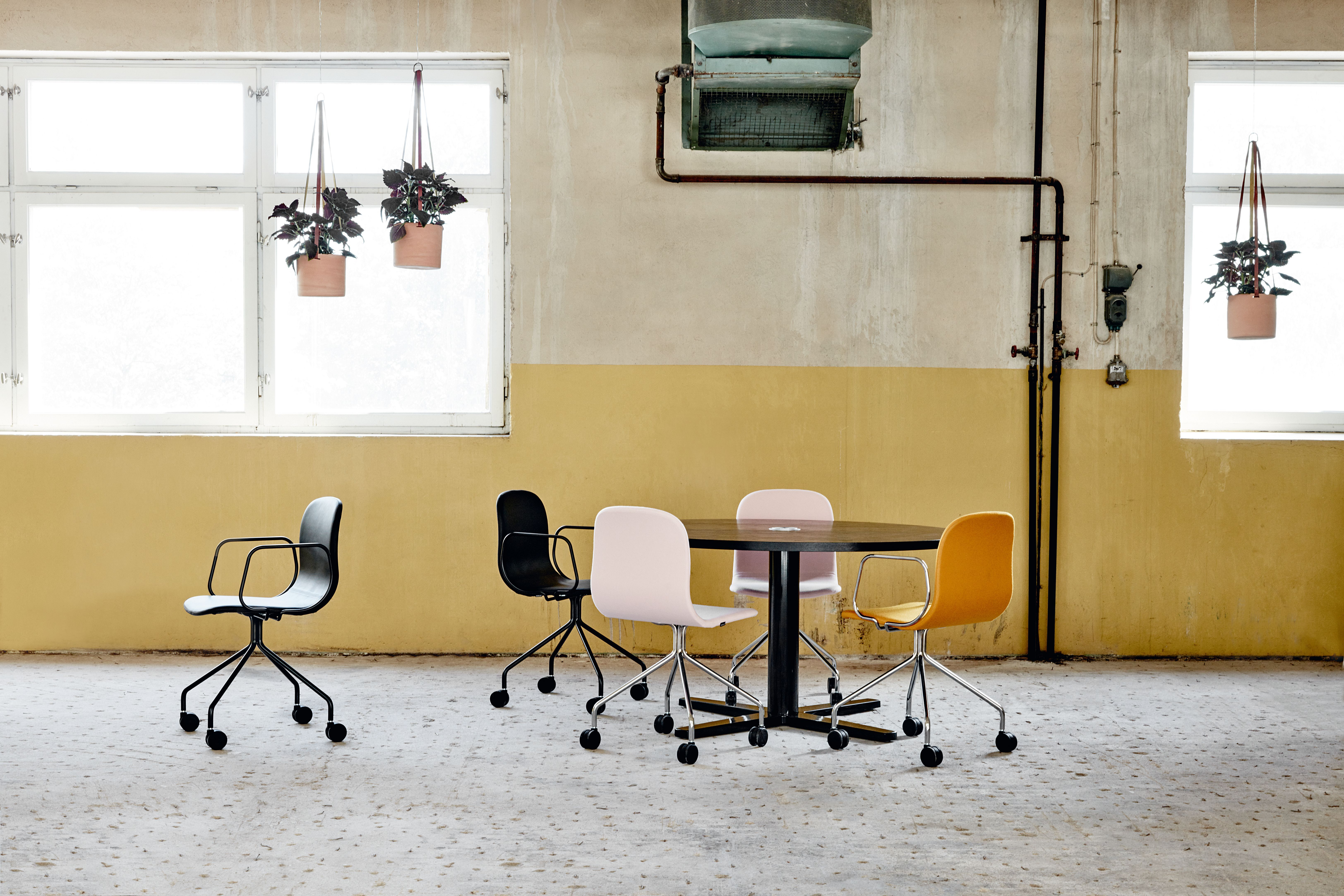 Neo Lite chair & armchair design Fredrik Mattson