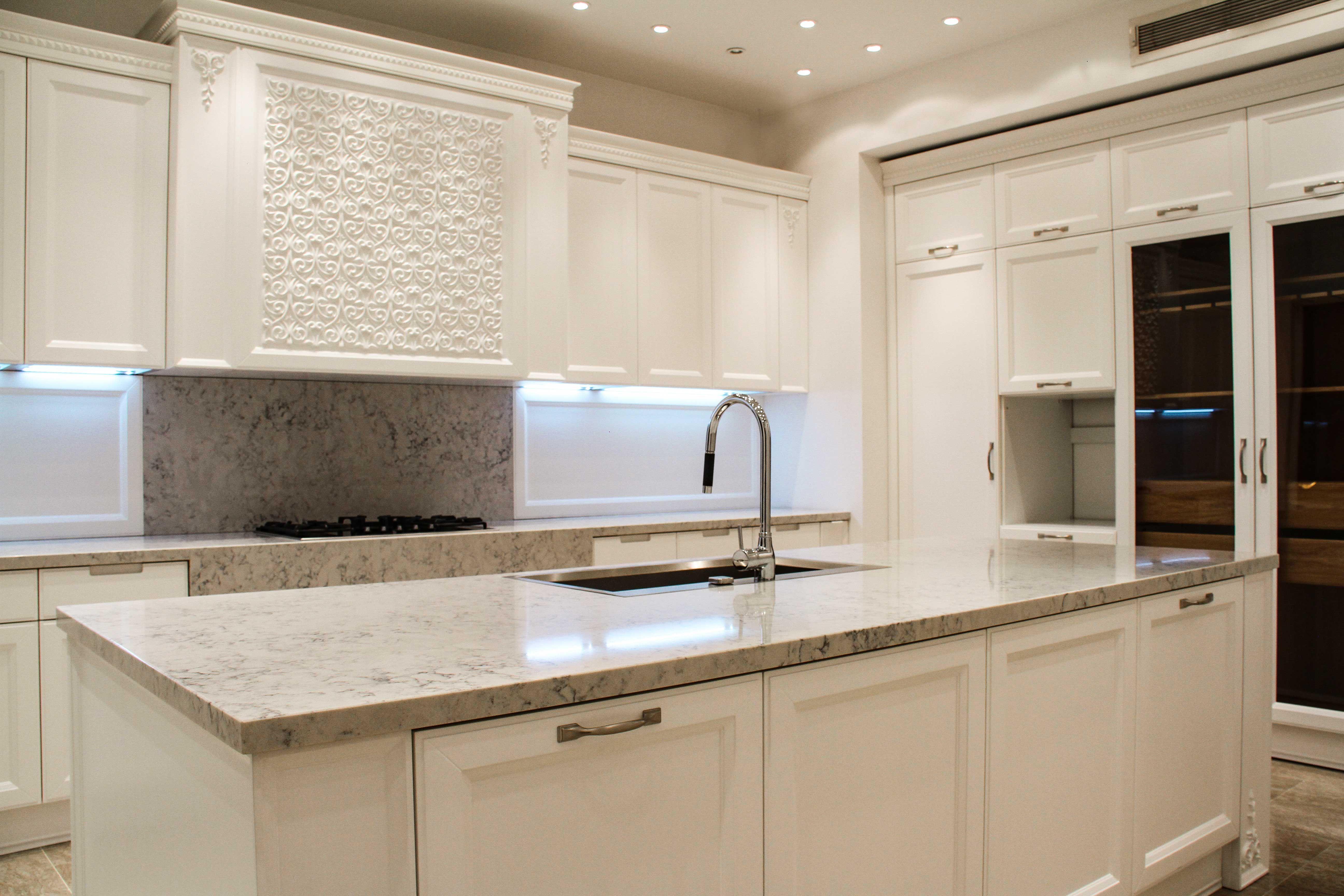 Classic Kitchen Cabinet Design Classic Kitchen Cabinets Classic Kitchens Kitchen