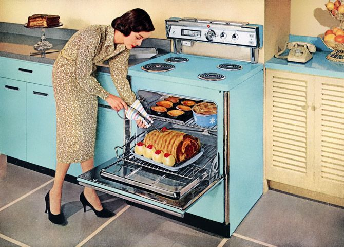 1950s Kitchen Appliances: General Electric Ranges, 1958 #vintage