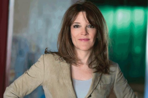 Marianne Williamson: Spiritual Author and Lecturer   @SIMPLE Comunicación Reminders