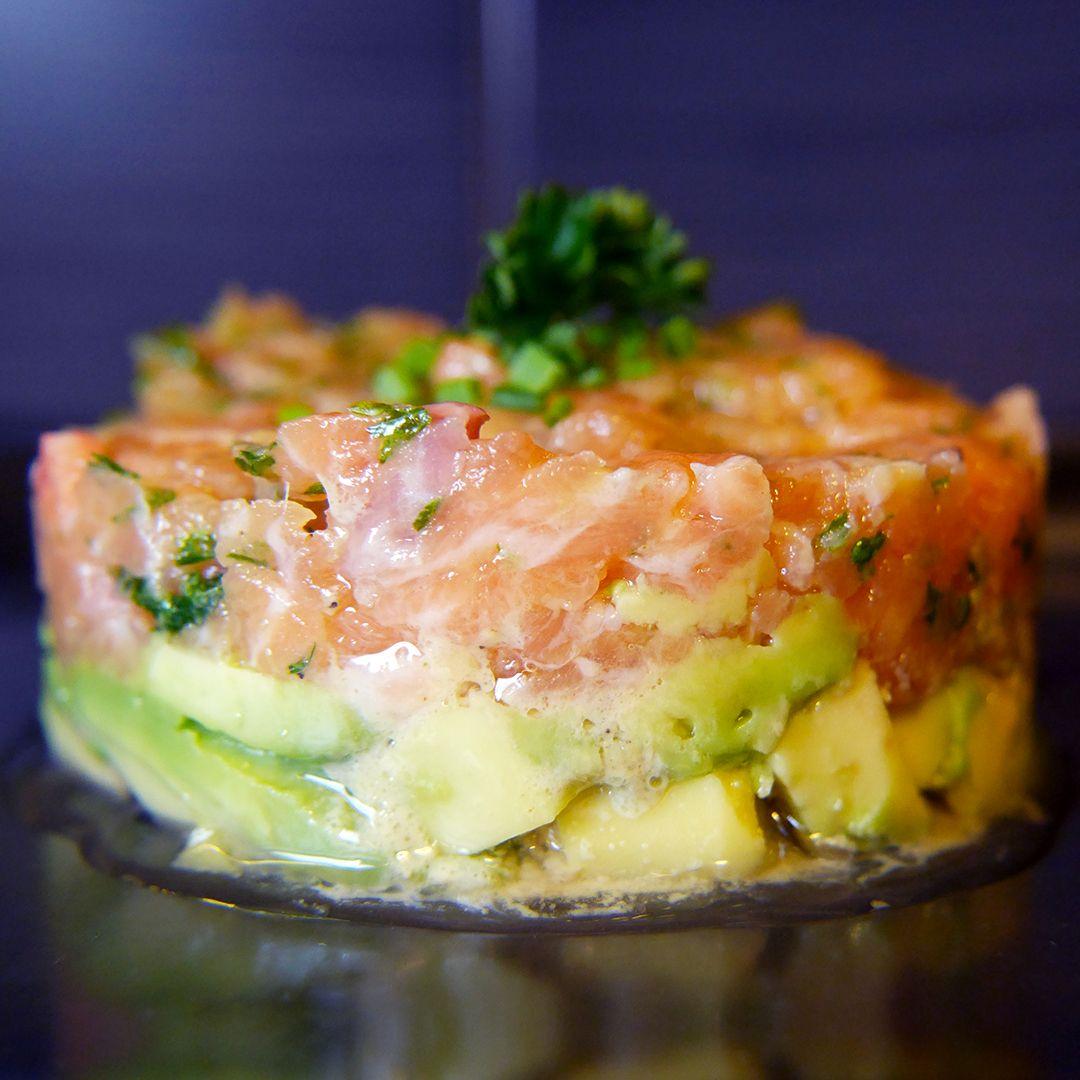 Tartare Saumon et Avocat | Tartare saumon avocat, Tartare