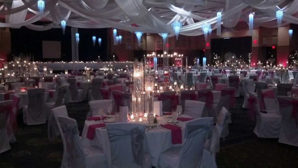 I Like The Ceiling Drapes With Images Wedding Vendors Rock Wedding Convention Centre