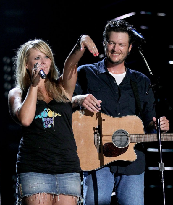 Love Blake's Look In This Photo