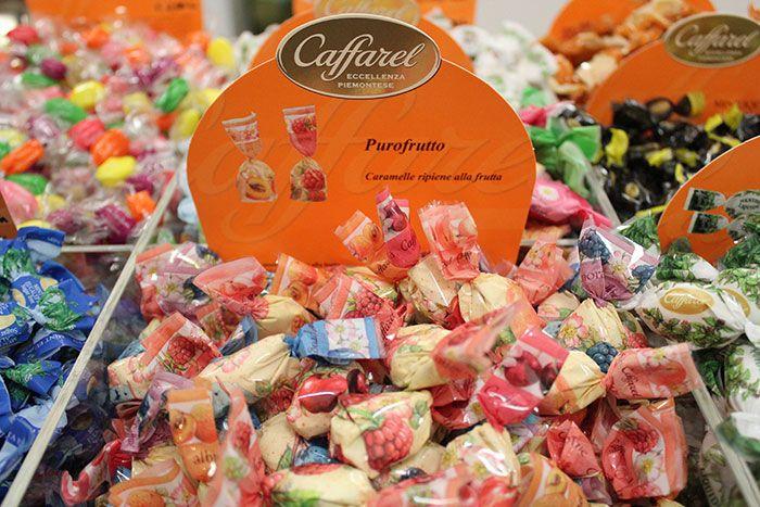 PUROFRUTTO  Caramelle ripiene alla frutta Caffarel. Senza zuccheri aggiunti.