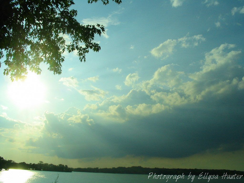 This is a picture I took of the clouds by my house, Long Lake, Illinois.