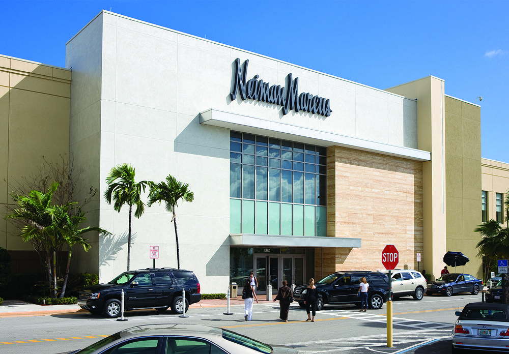 eb769d90b2d5f4a0d174b38de42bd3b4 - Saks Fifth Palm Beach Gardens Mall