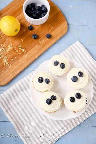 Lemon Blueberry Cupcakes #partyideas #lightdessert #tasty