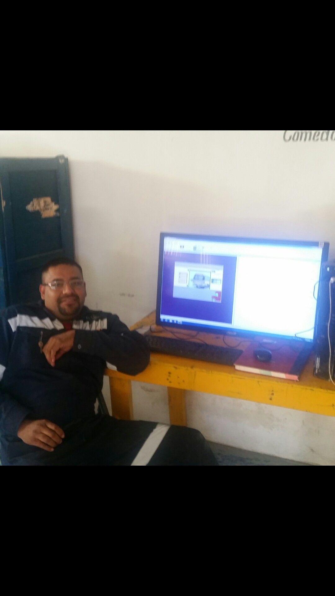 Curso de Programacion PLC en escalera con simulador Logixpro500, por parte de su servidor.
