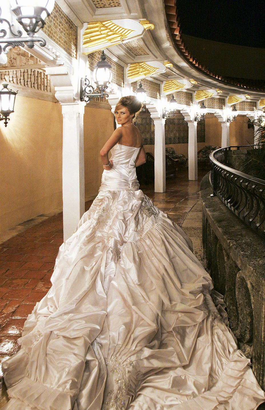 Pin By Doris Benitez On Melania Trump Trump Wedding Trump Wedding Dress Melania Trump Wedding