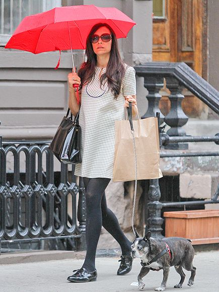 057cf11d003b Stars and Their Pets | FAMKE JANSSEN | The actress and her Boston terrier,  Licorice, take cover under an umbrella during a stroll through New York's  SoHo ...