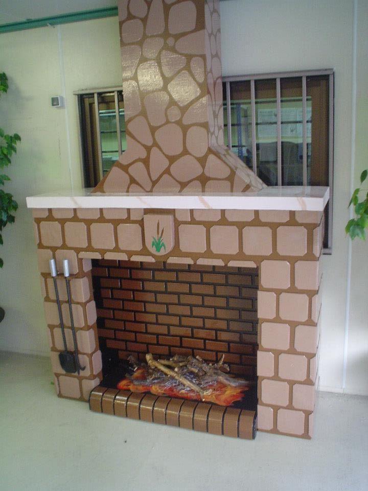 Chimenea navide a para el colegio integramente for Como hacer una chimenea falsa