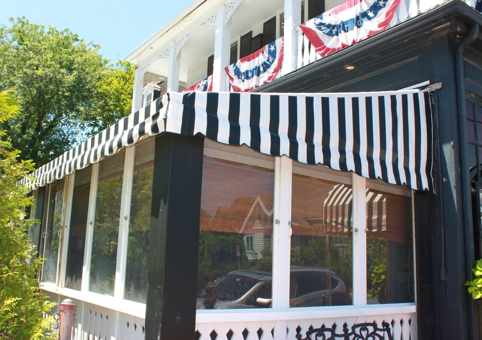 Custom Awning Enclosure By Bill S Canvas Shop In Southern New Jersey Custom Awnings Outdoor Decor Awning