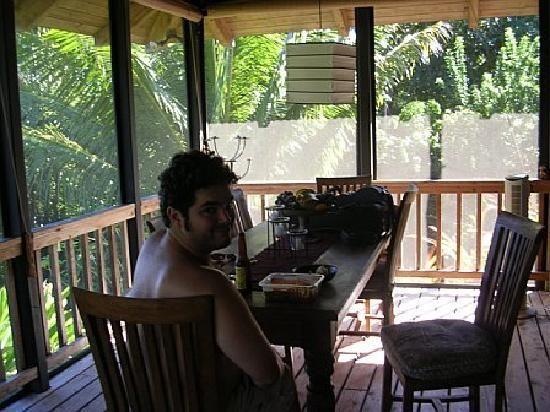 screened-patio-and-my.jpg (550×412)