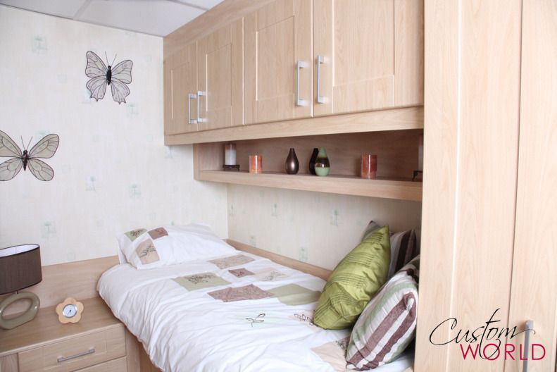 Cabin Bedroom Fitted Furniture: Tiny Box Room Built In Furniture Wardrobes