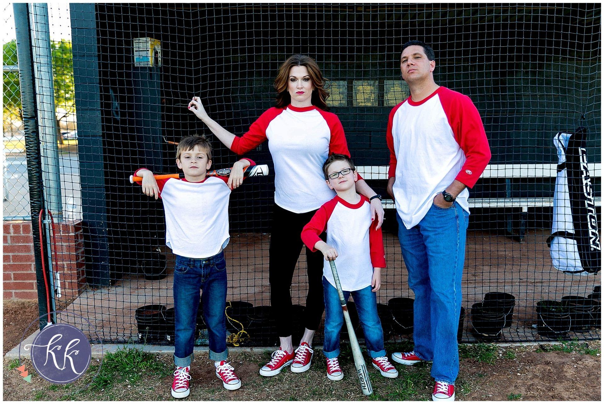 The Mcfamily Baseball Family Family Pictures Baseball Photography