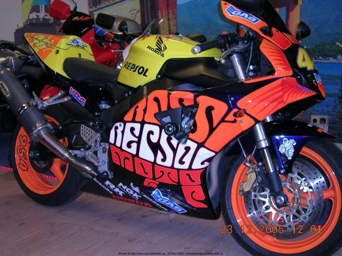 Custom Rossi CBR 929/954 Repsol | カスタムバイク, バイク