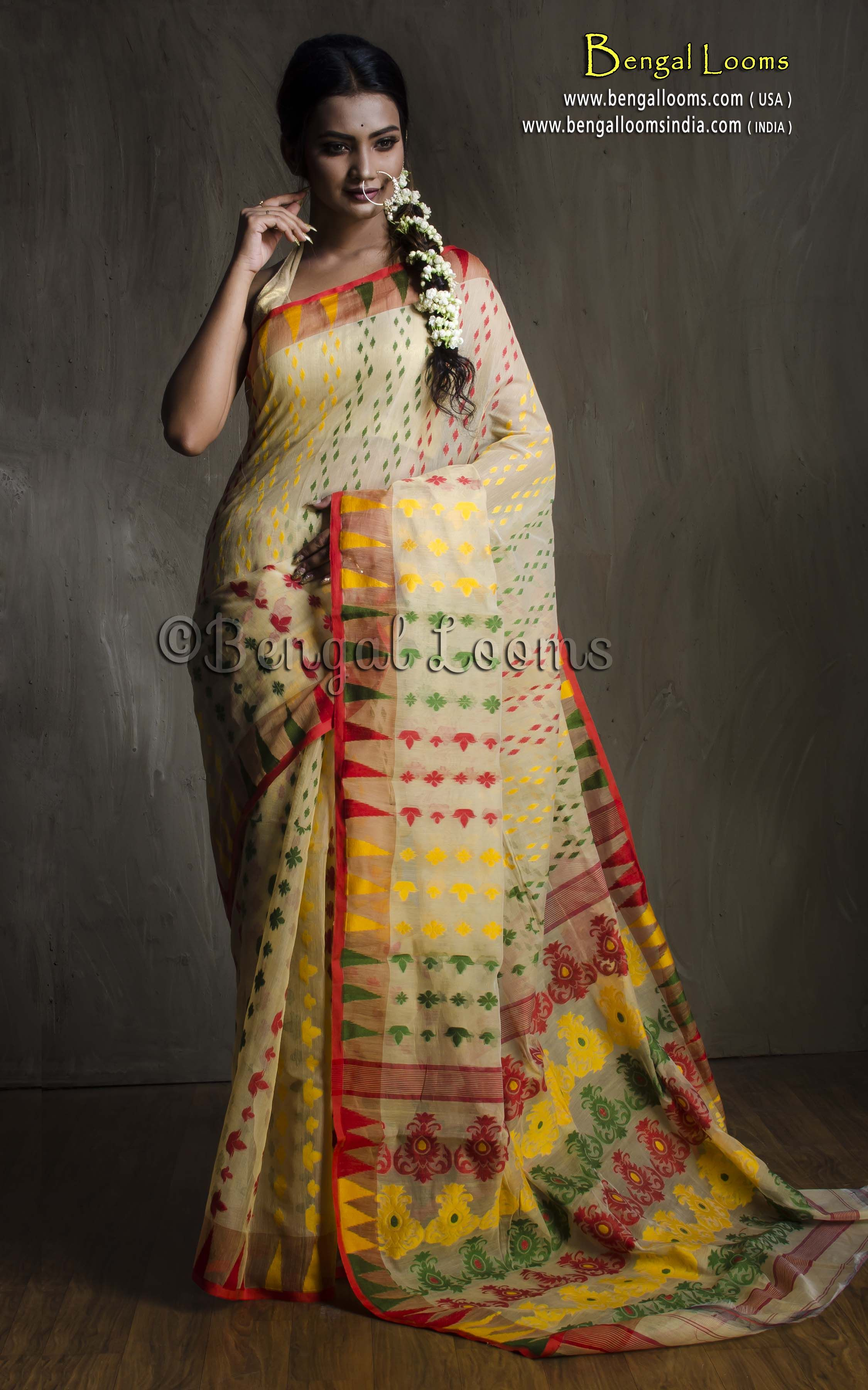 97a0f454e6 Pure Handloom Dhakai Jamdani Saree in Beige and Multi Color ...