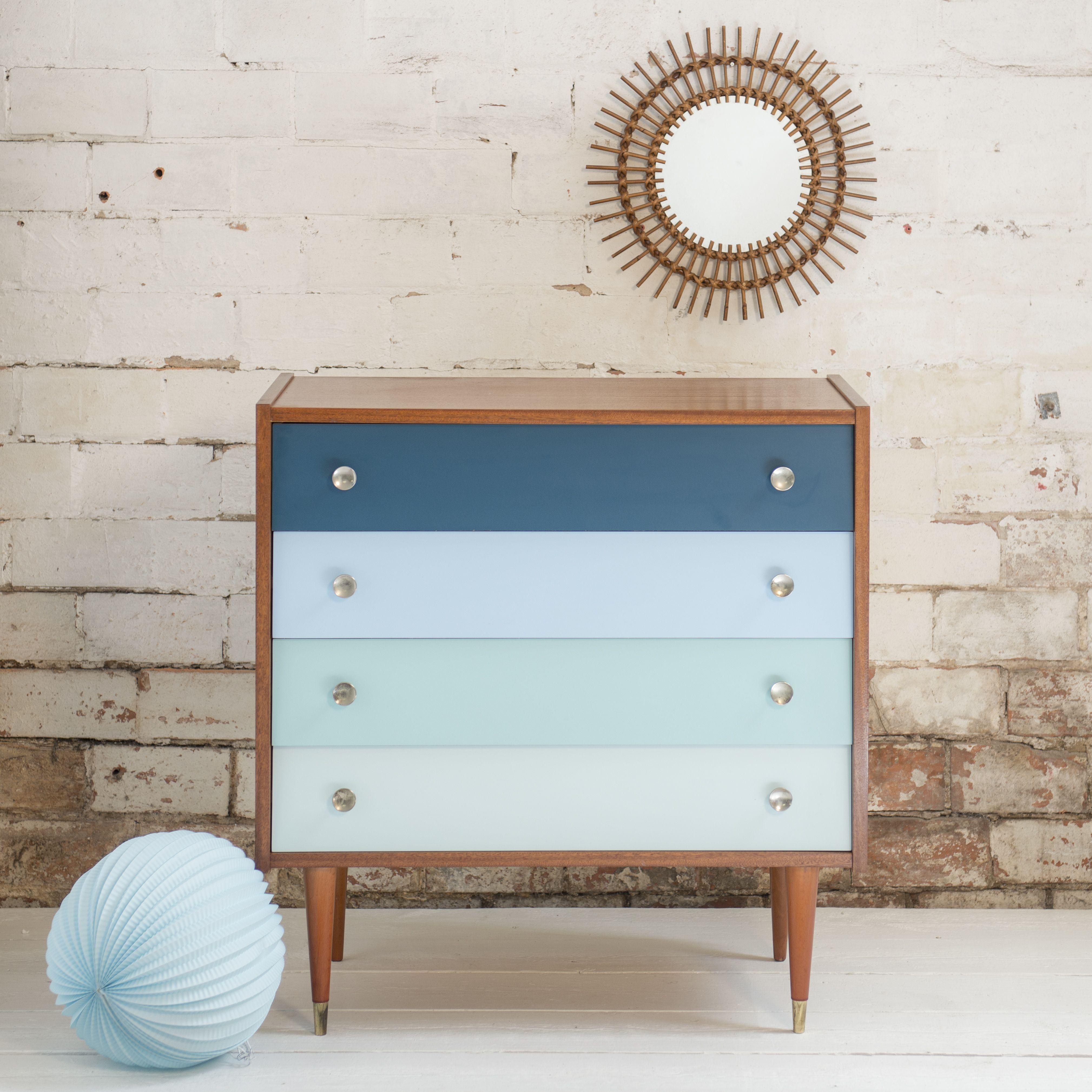pingl par maude chapuis sur meubles mobilier de salon. Black Bedroom Furniture Sets. Home Design Ideas