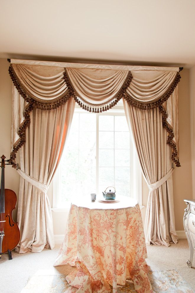 Pearl Dahlia Valance Curtains With Swags And Tails