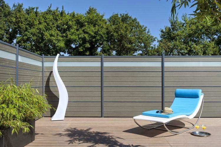Http 1 Bp Blogspot Com X2srslwqo5u Vpnbxaf7hbi Aaaaaaaaaiy Nlpccnw0qh0 S1600 A Highly Protective Garden Fen Garden Fence Panels Patio Fence Diy Garden Fence