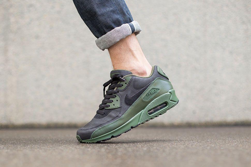"Nike Air Max 90 Winter Premium ""Carbon Green"" | ZS | Zapatos"