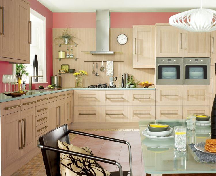 Farbe für Küche – Küchenwand in Kontrastfarbe streichen ...